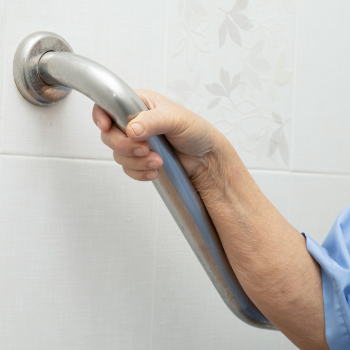 igienizzazione aree comuni di case di riposo e RSA